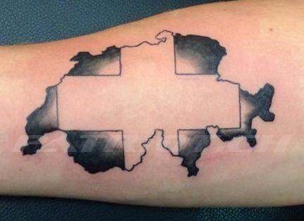 #tattoo #tattoos #schweizerkreuz #landesgrenze #proborder