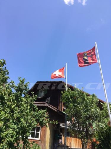 #fahne #glarus #1august #nationalfeiertag #bundesfeier #fêtenationale #1eraoût #festanazionale #1agosto