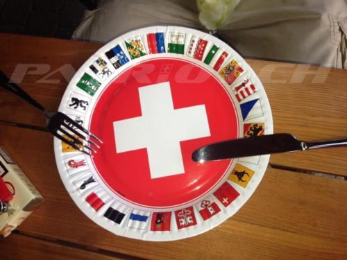 #schweizerkreuz #kantone #1august #nationalfeiertag #bundesfeier #fêtenationale #1eraoût #festanazionale #1agosto