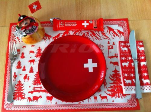 #schweizerkreuz #militärschokolade #edelweiss #eidgenossin #heidi #fähnli #1august #nationalfeiertag #bundesfeier #fêtenationale #1eraoût #festanazionale #1agosto