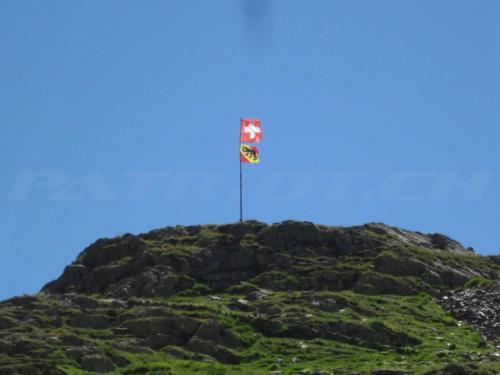 #sustenpass #fahnen #bern #1august #nationalfeiertag #bundesfeier #fêtenationale #1eraoût #festanazionale #1agosto