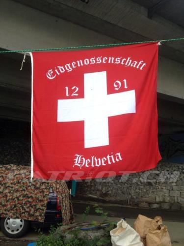 #flaggenstolz #fahne #eidgenossenschaft #1291 #helvetia #1august #nationalfeiertag #bundesfeier #fêtenationale #1eraoût #festanazionale #1agosto