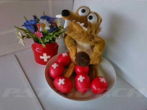 #1augusteier #schweizerkreuz #edelweiss #enzian #1august #nationalfeiertag #bundesfeier #fêtenationale #1eraoût #festanazionale #1agosto