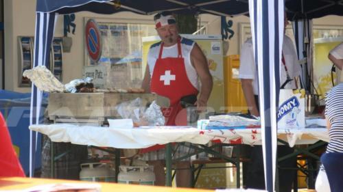 #schweizerkreuz #schweizerküche #servelat #1august #nationalfeiertag #bundesfeier #fêtenationale #1eraoût #festanazionale #1agosto