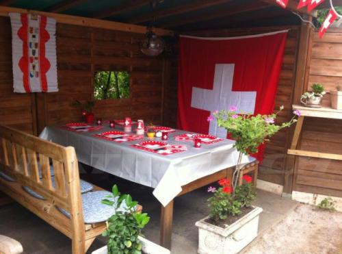 #flaggenstolz #fahnen #schweizerdeko #1august #nationalfeiertag #bundesfeier #fêtenationale #1eraoût #festanazionale #1agosto