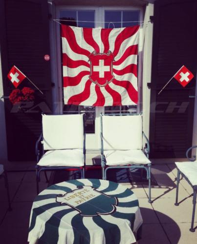 #flaggenstolz #fahnen #waadt #vaud #1august #nationalfeiertag #bundesfeier #fêtenationale #1eraoût #festanazionale #1agosto