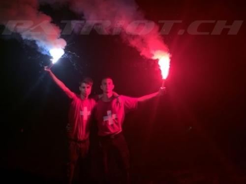 #pyros #tshirt #flaggenstolz #fahne #1august #nationalfeiertag #bundesfeier #fêtenationale #1eraoût #festanazionale #1agosto