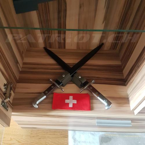 #bajonett #armbinde #schweizerkreuz