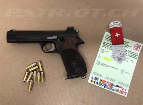 #waffenrecht #diplom #pistole #sig220