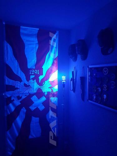 #fahne #schwarzlicht