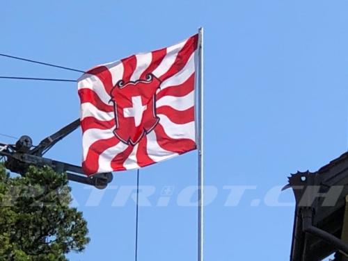#fahne #geflammt