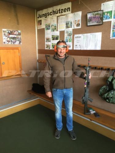 #obligatorisch #stgw90 #sig550 #armee #militär #altegarde