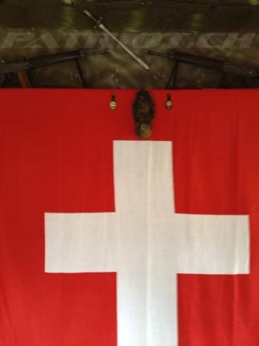 #fahne #schweizerfahne #fahnentag #sig550 #stgw90