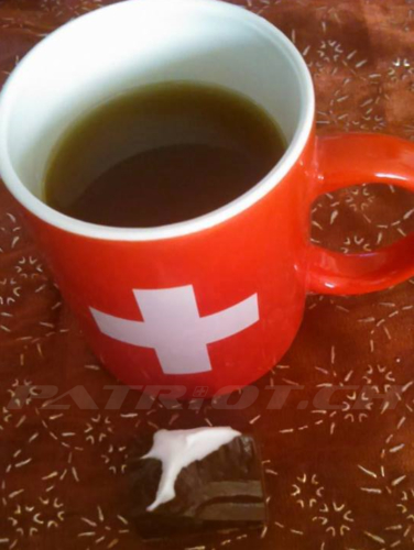 #eigerspitzli #eiger #tasse #schweizerkreuz