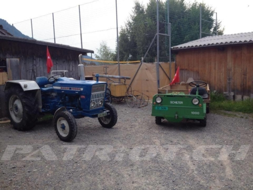 #traktor #schilter #fahne