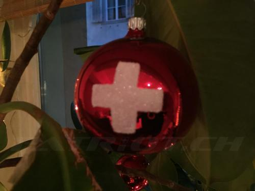 #christbaumschmuck #christbaumkugel #schweizerkreuz