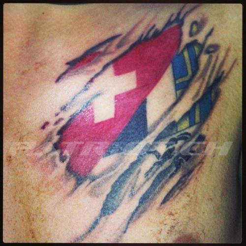 #tattoos #schweizerkreuz #graubünden