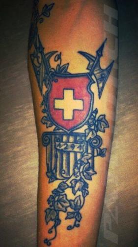 #tattoo #tattoos #hellebarde #wappen #schweizerkreuz #1291