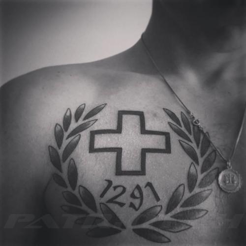 #tattoo #tattoos #schweizerkreuz #1291 #kranz